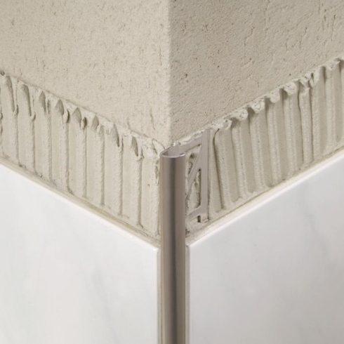 Alumínium íves zárt élvédő - 8 mm eloxált ezüst Blanke