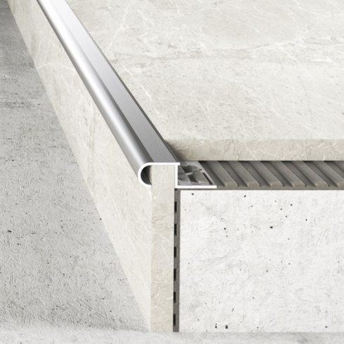 Alumínium lépcső élvédő A81 natúr - 2500x10 mm